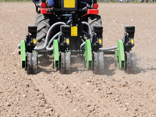 Wizard D series tractor mounted vacuum seed planter